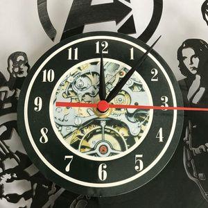 Müzisyen Y200407 Kraliçe Rock Band Saat Modern Tasarım Müzik Teması Klasik Vinil Kayıt Saatler Duvar İzle Sanat Ev Dekorasyonu Hediyeler