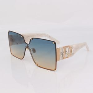 I più recenti dettagli di stile Top Originl Top Originl Dettagli con le donne di qualità Shade Square e Crystal Avorio Metal Box con occhiali da sole Gradi GDTC