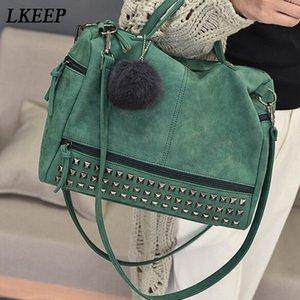 Vintage PU кожи Женской сумка Заклепка Larger Дама сумка волосы шарик плечо мешок мотоцикл Crossbody сумка для женщин Коммуникатора