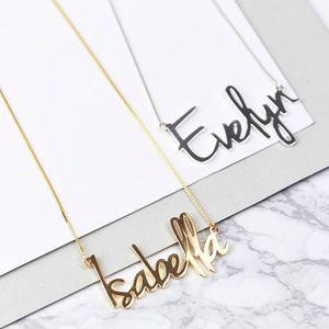 Personalizado da forma Carrie Style Name Pingente For Gold Women personalizado qualquer nome cadeia do aço inoxidável Gargantilha Jóias presente Y200810
