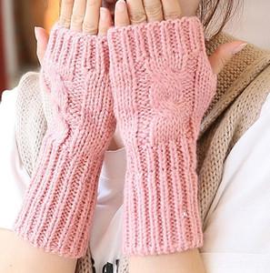 2020 Corea del Wristband di lana guanti di lana di lana stile nuova moda maglia mezze dita polsino guanti dito aperti necessità quotidiane HMpAS