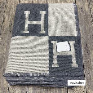 H cashmere shawl small times Gong Ming Gu Li same style flying blanket super thick wool scarf shawl 1300g