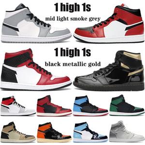 NOUVEAU 1 milieu fumée gris clair 1s Jumpman serpent satin chaussures de basket-ball d'or noir métallisé OG TOKYO Chicago orteil les femmes des hommes en plein air Chaussures de sport