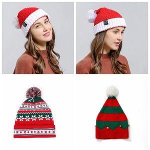 Navidad del copo de nieve hicieron punto los sombreros de rayas Lana Tejido de punto Beanie casquillo hecho punto de lana Pom Caps regalos de la fiesta de Navidad Decoración cráneo Caps DHB1394