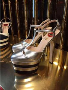 Quality Fashion Women's Waterproof Platform with Thick Sole for European and American Round-headed Fashion Sandals
