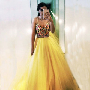 Yellow Prom Dress Embroidery Long Tulle A line Party Dress Flowers Lace Formal Straps Girl Vestido Corset Evening Dress