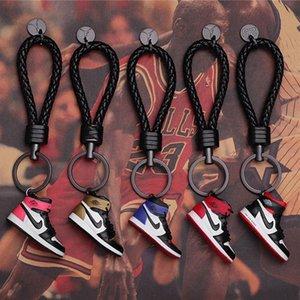 Zapatas de unión Co -Branded 3d zapatilla de deporte llavero llaveros Concesiones accesorios para el teléfono celular de la carpeta Bolsas Mochila
