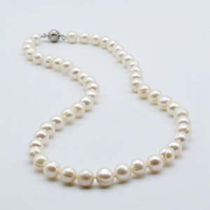 Classic ladies necklace, natural white freshwater pearl, round shape, diameter 8-9mm, short necklace, pearl necklace