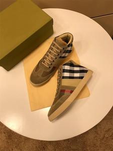2020 Chaussures plates pour hommes Fashion Tendance Graffiti High Top Chaussures Lightweight confortable Chaussures de décontractation respirantes Taille 38-45