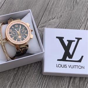 LV Mode Hommes Montre de luxe robe Designer Dial Femmes Robe Nombre Quartz Montre bracelet en cuir LetterLV cadeau de Noël Box