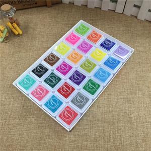 24pcs / set Renkli Inkpad Çocuk DIY Parmak İzi Boyama Çamur Ev yapımı Vintage El Sanatları Mürekkep Pad Scrapbooking Aksesuarları