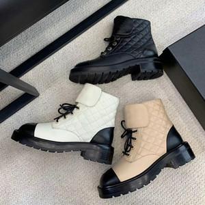 Top qualité Designer Shoes Femmes Chaussures à lacets Martin Bottes Brillant Goatskin Calfskin Girl Fashion Cowboy Bottes Australia Party Chaussures de mariage EU40