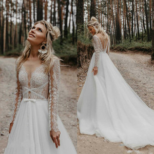2021 Bohemian Wedding Dress Lace Appliqued Long Sleeve Sheer V Neck Vestido De Noiva Sweep Train Beach Boho Wedding Dresses Bridal Gowns