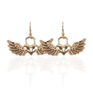 New Chrismas presente para Lady menina Gold Silver selvagem linda origami Swallow Brinco bonito gracioso subindo Nimble pássaros voando Stud Brincos