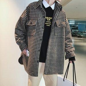 UYUK Herbst und Winter koreanischen Männer karierte Wollmantel Eindickung Wilder Trend lose beiläufige Qualitäts-Einreiher
