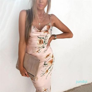 Hot Sale Backless Ladies Dresses Summer Halter Designer Bohemian Beach Holiday Flower Dress Women Long Boho
