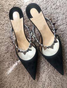 Ucuz Lüks Seksi Lady Sivri Burun Yüksek Topuklar Kırmızı Alt Gezegen Choc Çivili Bilek Kayışı Terlik Sandalet Kadınlar Partisi Elbise Düğün pompaları