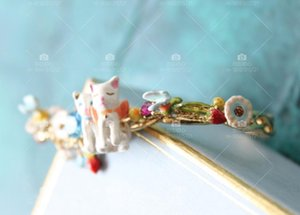 act the role ofing is tasted enamel glaze animal charity small white butterfly spring park strawberry gem77