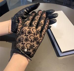 Lace Дизайнерские перчатки с перчатками Box Кожа плюс бархат женщин Открытый Велоспорт Драйв Держите Теплые перчатки Пять пальцев Hipster