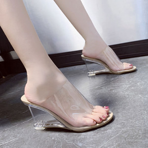 2020 Lady Sweat Wedding Party Dress Shoes Women Sandals Open Toe Wedges Shoes Sexy Crystal Heels Casual Dress Party Transparent