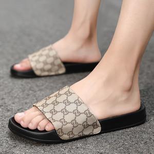 ترف نمط متقلب مصمم الرجال الكلاسيكية رخيصة النعال كليب قدم أسلوب الآخر أحذية النمط الأوروبي العلامة التجارية الصنادل والنعال حجم 38 ~ 45