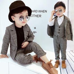 New Fashion Kids Plaid Blazer Wedding Suits Brand Flower Boys Formal Tuxedos School Suit Kids Spring Autumn Clothing Set F318