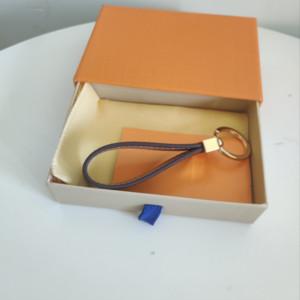 10 Arten aus Leder Schlüsselanhänger Legierung Buchstaben Auto Keychain Tasche Anhänger Mode Paar Keychain Geschenk Lange Schnalle Zubehör Versorgung