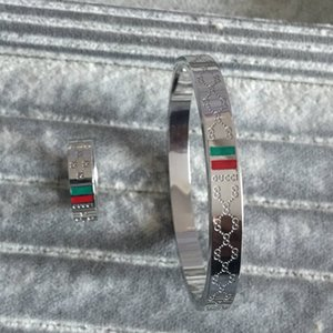 Brief Armband Ring 316L Gold stieg Silber Frauen Männer Hochzeit Schmuck-Sets Brief Liebe grün schwarz Armreif Ring Großhandelsrot