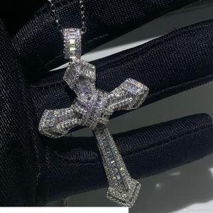 Nueva Choucong lujo de la joyería 925 mujeres collar de la boda de diamante de la CZ Topaz blanco piedras preciosas Cruz colgante de plata esterlina Pave Hombres regalo