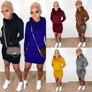 Womens robe casual chandail automne robe de poche à capuchon et robes à manches longues d'hiver nouveau style 2020
