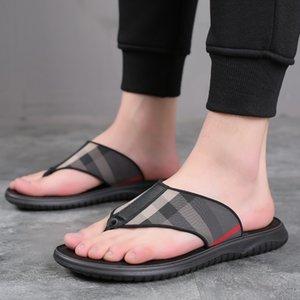 Flip-flop de los hombres del verano 2020 nuevas zapatillas de moda al aire libre antideslizante Vietnam Roma personalizada chanclas y sandalias sandalias