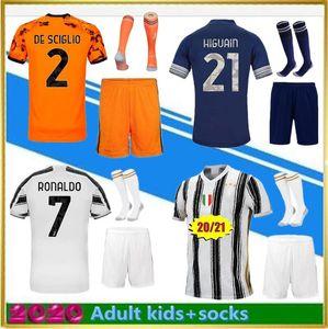 2020 Juventus Soccer Jerseys 20 21 Home Away DYBALA 10 Camiseta de Fútbol RONALDO 7 Camiseta de fútbol Hombres Kits de niños Calcetines