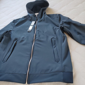 Горячий продавать # 40927 Горячие моды осень зима куртки LIGHT SOFT SHELL-R КУРТКА конструктора Mens способа куртки свитера