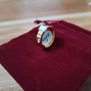 Hot Boutique 316L amore d'acciaio di titanio Chiodi Anelli amanti anelli a fascia di formato per monili delle donne e degli uomini di marca con la borsa