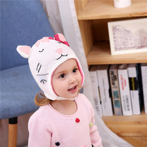 Cute childlike white shy little beautiful cat children winter hats children hats children knitted ear caps
