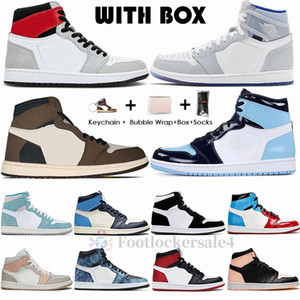 Stock X Nike Air Jordan Retro 1s Light Smoke Chaussures de basket-ball pour hommes Jumpman 1 High Travis Scott Racer Blue Mushroom kanye Sports Sneakers Taille Chaussures 36-47