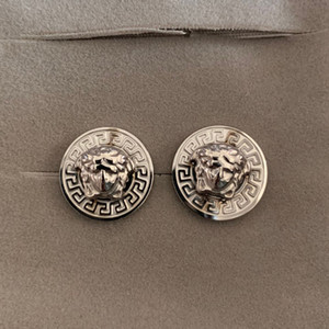 Alta calidad de joyería de moda hip hop acero inoxidable 316L de titanio de oro rosa de oro del perno prisionero de la cabeza pendiente de plata para el anillo de bodas de oro Hombres Mujeres