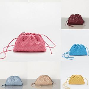 2020 Kadınlar kese içinde TEREYAĞ BUZAĞI Yumuşak Oversize Debriyaj derece de Yumuşacık Dana derisi tasarımcı lüks çanta çantalar Kadınlar Bulut 035F #