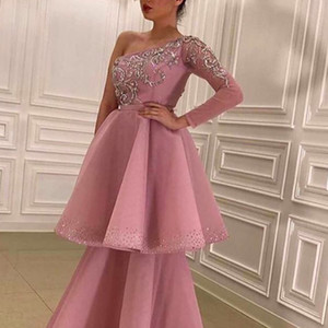 Pink Prom Dresses 2021 One Shoulder Lace Appliqued Beading Pearls Tiered A Line Long Evening Party Gowns