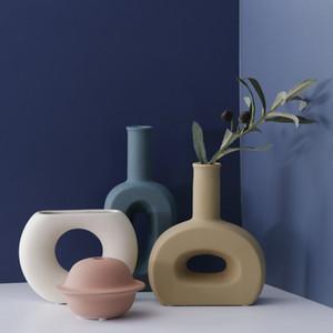 New arrival Ceramic Vase Ornament Living Room Restaurant Home decor Villa Model Room flower vase planters