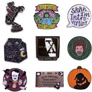 20pcs / lot J1556 Geekcoco Horror Punk dello smalto del metallo Pins Cartoon Movie Character Series Spilla Per zaino Distintivo Perni di vestiti