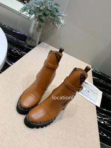 Louis Vuitton 뜨거운 판매 운동화 트리플 트레이너 Gypsophila 양말 빛 블랙 패션 부츠는 A02 먼지 가방 높은 h를 캐주얼 신발 신발을 luxurydesigner 속도