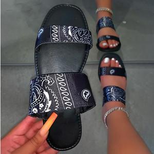 Graffiti Chaussons Cashew Fleur Bandana Diapositives soie Chaussures plates Sandales d'été en plein air Femmes Chaussures Nouveautés 2020 Wholesale