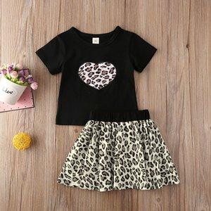 أزياء 2PCS مجموعة الوليد ملابس فتاة لطيف القوس الكبير الصدرية بلايز زهرة التنورة الطفل شاطئ الصيف Streetwears