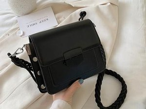 New- Crossbody Bag PU Leather Shoulder Messenger Bags Fashion Daily Use Wallet Small Ladies002