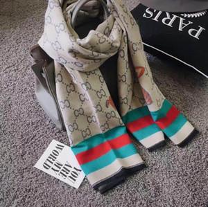 عالية الجودة مصمم أزياء الخريف والشتاء العلامة التجارية والأوشحة الحريرية الأبدي الكلاسيكية، شالات السوبر الطويل والأوشحة الحريرية الناعمة على الموضة للنساء