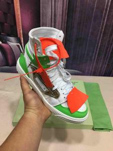 Nuovo modo scarpe da uomo di design di alta sneaker di lusso! Women Bianco Nero all'aperto amanti dei pattini del merletto formatori Sneaker p2