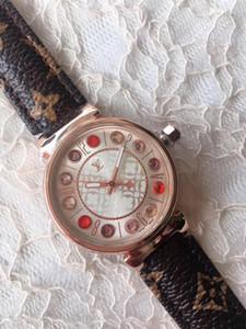 Nouveau style de mode Montre femme LV Montre Lady Mode féminine de luxe de haute loisirs Qualité Wristwatch LetterLV Vente chaude horloge Relogio Masculino