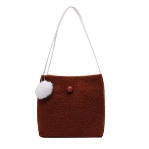 Fashion Women Solid Color Shoulder Bag Large Capacity Velour Handbag Women Messenger Bags Casual Pompom Pendent Handbag  E sX6v#