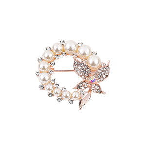 Brooch Pins of Butterfly Pearl Crystal Brooches Vintage Pins for Women Girls Fashion Dress Coat Accessories Decoration